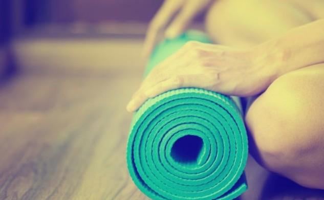 Mă apuc de Școala de Yoga! (P)