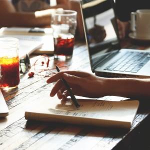 veranstaltungskonzept-ideenfindung-meeting