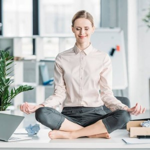 business_woman_yoga