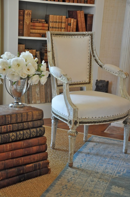 decoratingwithbooks2