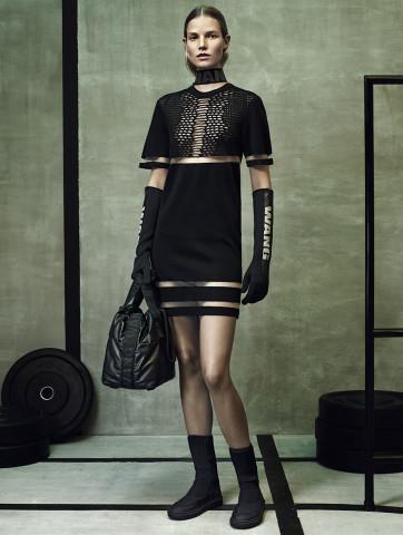 Alexander Wang pentru H&M- sporty-urban si branding supradimensionat de accesorii