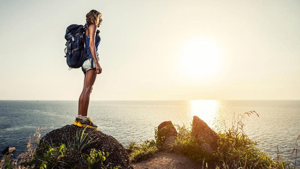10 trucuri pentru a călători mai mult